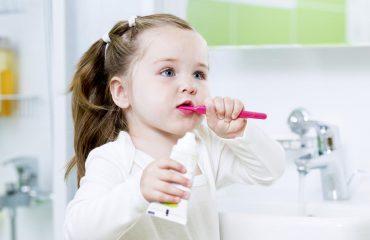Chăm sóc răng miệng cho trẻ - Nha khoa Quốc tế DND