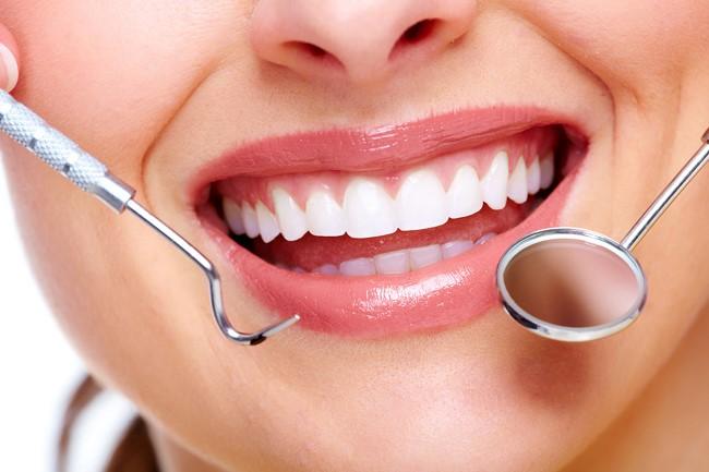 Trám răng thẩm mỹ - Nha khoa Quốc tế DND